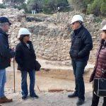 El Ayuntamiento de Guardamar pone en marcha su proyecto de turismo cultural con una visita guiada a los yacimientos arqueológicos de la Fonteta en proceso de rehabilitación e investigación