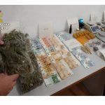 Diez asociaciones cannábicas clausuradas en Torrevieja, como resultado de una operación de la Guardia Civil de dicha localidad